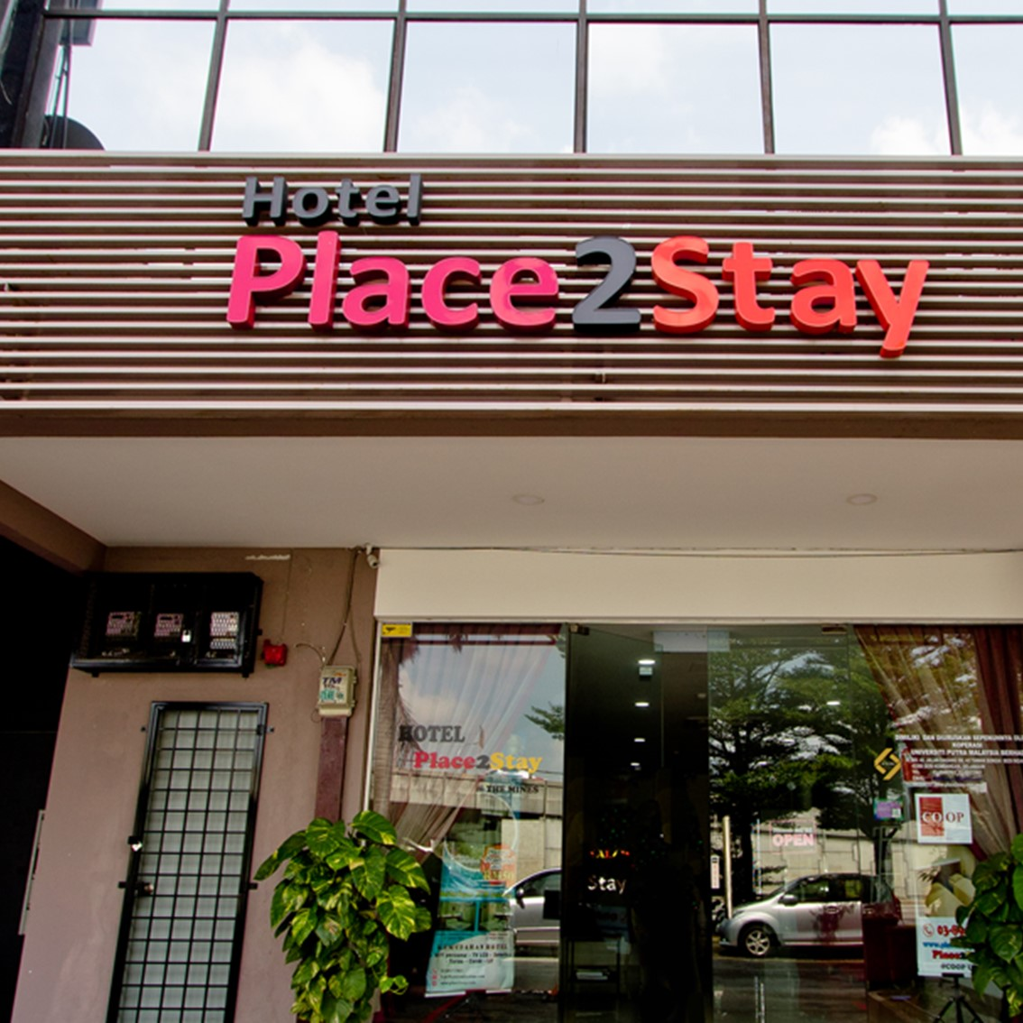 hotelplace2stay